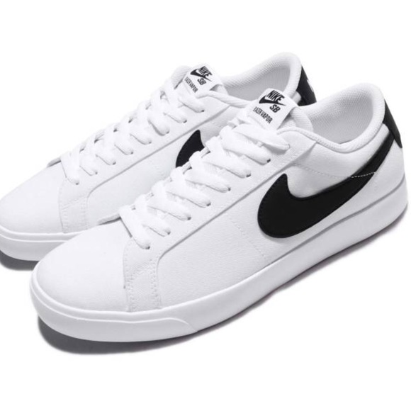 Mens Nike Sb Blazer Vapor Sz